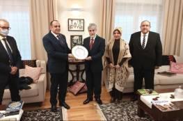 سفير فلسطين يقيم مأدبة وداعية لسفير جمهورية مصر لدى بولندا