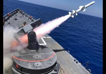 """""""ضربة واحدة""""... فيديو يوثق لحظة قصف الجيش المصري لسفينة بالبحر المتوسط"""