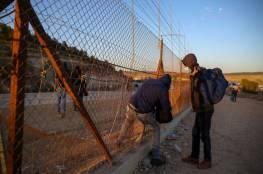 العمال الفلسطينيون يدخلون إلى إسرائيل رغم المنع