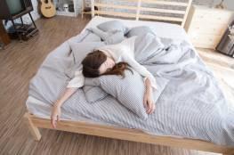 وضعية نومك تعكس شخصيتك وتؤثر على صحتك