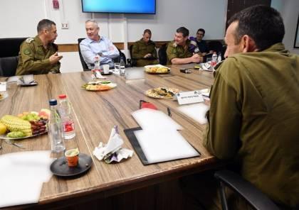 وزير الحرب غانتس يزور حدود غزة.. وهذا ما قاله خلال اجتماعه مع رؤساء مستوطنات الغلاف..!!