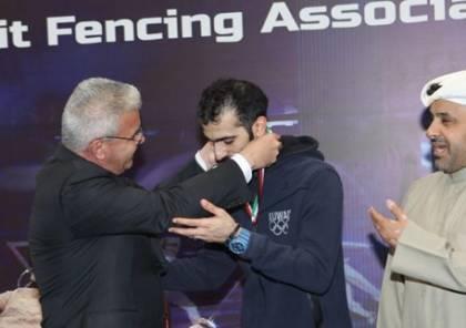 سفيرنا يكرم لاعبا كويتيا رفض منازلة لاعب اسرائيلي