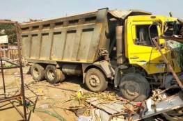 شاحنة تدهس 15 عاملاً أثناء نومهم بجانب طريق في الهند