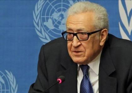 تفاصيل الاتصال الهاتفي بين الرئيس عباس والأخضر الابراهيمي