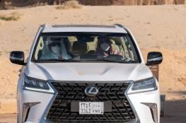 ماهي السيارة التي جالت بمحمد بن سلمان وضيفه أمير قطر في مدينة العلا ؟