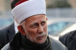 فرض غرامة مالية بحق الشيخ سلهب لعدم منعه المصلين من الصلاة في الاقصى
