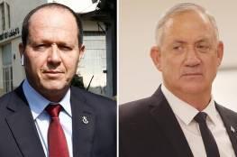 زعماء الليكود يواصلون مهاجمة غانتس : لا يصلح لرئاسة الوزراء
