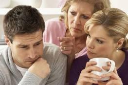 لكل حماة.. هذه الأمور تثير غضب زوجة ابنك.. تجنبيها