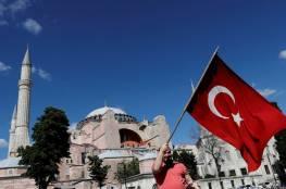 الدفاع التركية تتوعد اليونان: ستكسر الأيدي الممتدة إلى علمنا