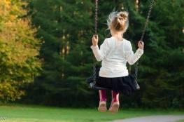 يصيب واحدا من 17 طفلا.. مرض وراثي نادر علامته في الرأس