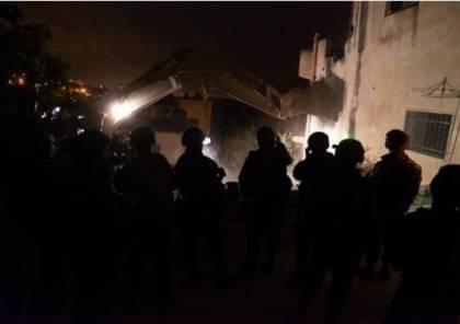 جرافات الاحتلال تهدم منزل عائلة الشهيد صالح البرغوثي شمال رام الله