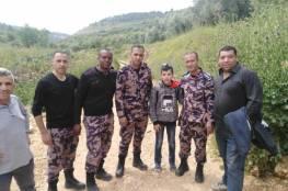 رام الله: الدفاع المدني ينقذ طفلا تاه في برية عين قينيا