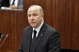 رئيس الوزراء الجزائري يعلق على تصريحات ماكرون المثيرة للجدل