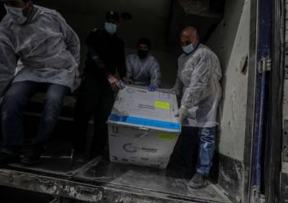 حماس ليست غزة.. هآرتس: منع الغزيين من حقهم الإنساني في التطعيم.. ليس دعاية انتخابية