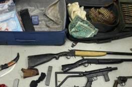 الاحتلال يزعم العثور على أسلحة وذخيرة في الخليل