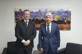 مجدلاني يطلع القنصل اليوناني على آخر المستجدات السياسية