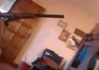 """فيديو: بث """"فيسبوكي"""" حي ومباشر لطفل يقتل زميلته ببندقية أبيه"""