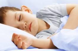 لماذا يتكلم الناس أثناء نومهم؟