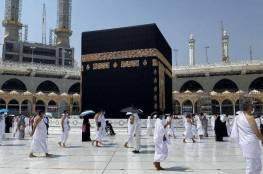 السعودية تسمح بقدوم المعتمرين من الخارج بدءا من الأحد