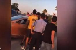 بالفيديو: شجار الفنان المصري حمو بيكا مع شباب في الشارع