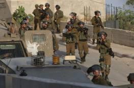 الاحتلال ينفذ عملية واسعة في عقربا وترمسعيا ويمنع أداء صلاة الفجر