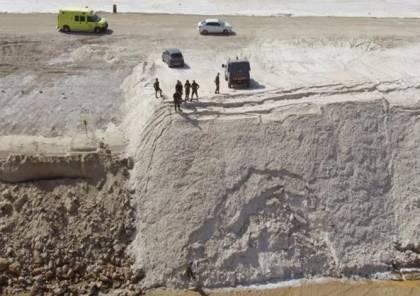خط برليف جديد: الاحتلال يبني جدارا ملحيا على الحدود مع الأردن (فيديو)