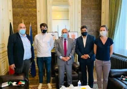 السفير الفرا يطلع وفدا من برلمان بروكسل العاصمة على آخر التطورات الفلسطينية