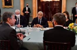 """لبيد للأميركيين: حان الوقت لحديث """"مكشوف وواضح"""" عن الخيار العسكري ضد إيران"""