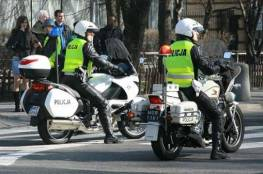 رجل يقضم جزءا من إصبع شرطي بولندي أثناء القبض عليه