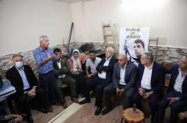 ثوري فتح يعقد جلسته في جنين دعماً ونصرة للأسرى وعائلاتهم وأحرار النفق