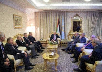 الرئيس يستقبل أعضاء مجلس العلاقات العربية والدولية