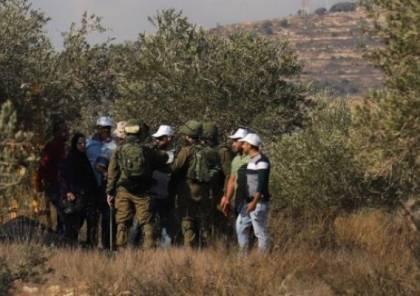 انتزاع قرار من «العليا» الإسرائيلية بعودة مزارعي قريوت إلى أراضيهم المهددة