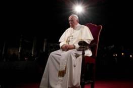 """البابا فرنسيس يطالب الحلاقين بتجنب """"إغراء مهنتهم"""""""