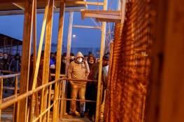 صحيفة عبرية: هذا ما يواجهه العمال الفلسطينيون في مكاتب التشغيل الإسرائيلية داخل القدس
