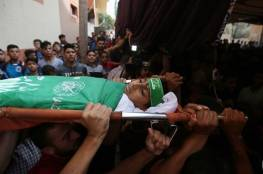 """غزة :الاف المواطنين يودوعون شهداء جمعة """"الثبات والصمود"""""""