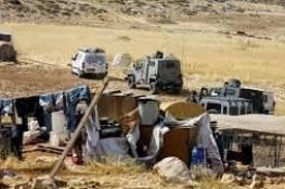 الاحتلال يهدم منشآت ويصادر معدات زراعية شرق رام الله
