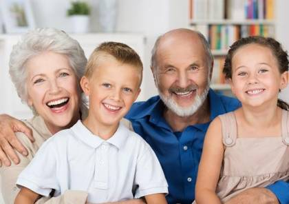 اتيكيت التعامل مع المسنين