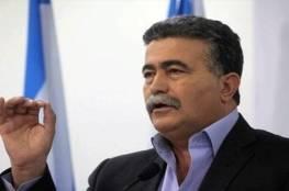 بيرتس: نتنياهو يخشى حماس ويتهرب من المفاوضات مع السلطة الفلسطينية