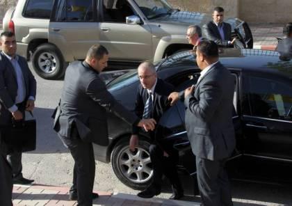 سيارات تحمل نمرة تسجيل فلسطينية ستنقل وفد الحكومة المكون من 130 شخصية لغزة