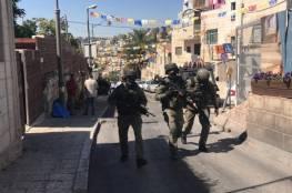 قوات الاحتلال تهدم خيمة اعتصام حي بطن الهوى في سلوان