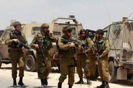 بسبب بلاغ كاذب قوات الاحتلال تحاصر بيت أمر شمال الخليل