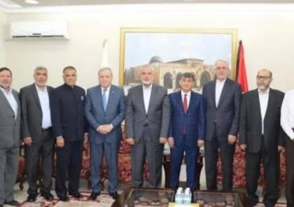 هنية يلتقي عدداً من سفراء الدول في الدوحة و يضعهم في صورة تطورات القضية الفلسطينية