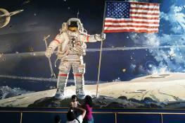 كلام آرمسترونغ على سطح القمر
