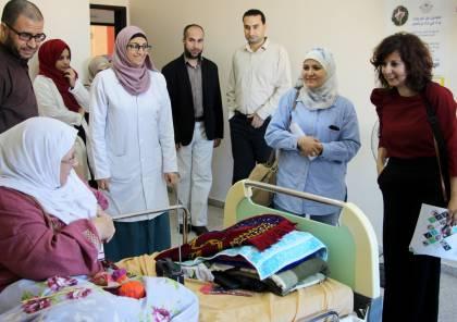 الأغذية العالمي يتفقد مركز الوفاء بغزة