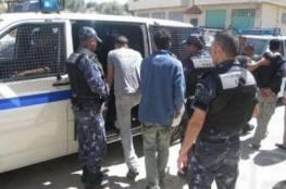 الشرطة توقف مغنيًا وعددًا من أصحاب القاعات في طولكرم