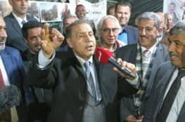 """إشادات فلسطينية بزيارة الفنان العراقي """"سعدون جابر"""" لقرية الخان الأحمر"""