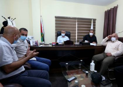 عوض وأبو نعيم يجتمعان بخلية الأزمة لبحث تطورات جائحة كورونا بقطاع غزة