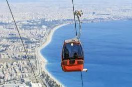 """العليا الإسرائيلية تطالب الحكومة بتوضيحات حول اقامة مشروع """"التلفريك """"في القدس"""