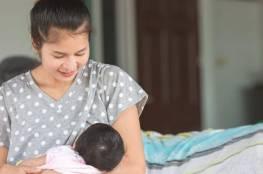 الرضاعة المتكررة قد تكون محيرة للمرأة حديثة العهد بالأمومة