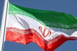 إيران تزيح الستار عن منظومة جديدة للدفاع الجوي بعيدة المدى